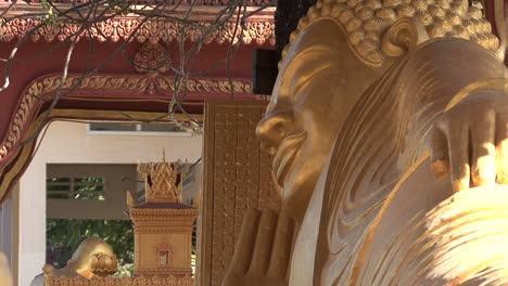 Cambodia-Buddha-face