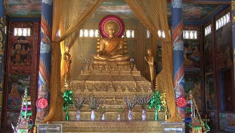 Cambodia-Buddhist-statue