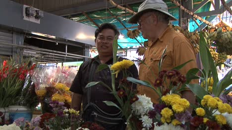 Cambodia-men-in-a-market
