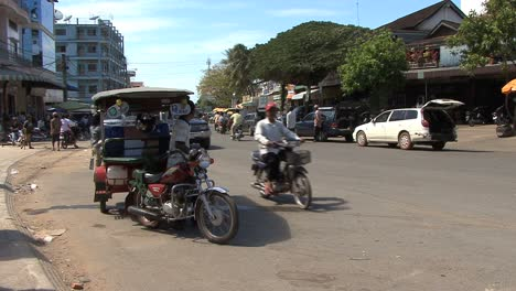 Cambodia-street-with-traffic