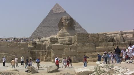 Egypt-Pyramids-and-sphinx