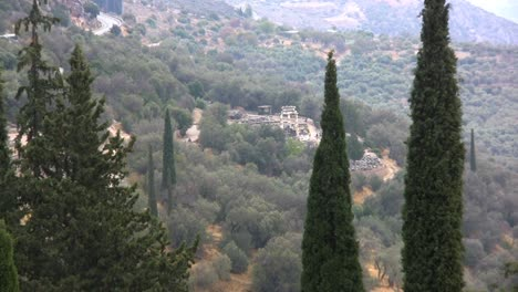 Greece-Delphi-Zooms-in-on-temple-below