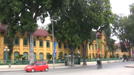 Hanoi-European-style-building-with-traffic