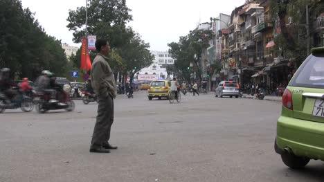 Hanoi-motor-scooters