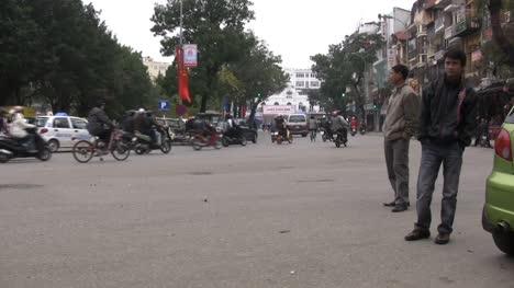 Hanoi-street-scene