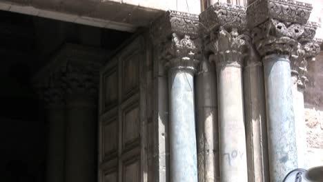Israel-Jerusalem-Church-of-Holy-Sepulchre
