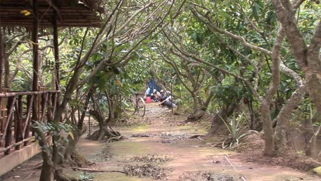 Men-and-cafe-in-the-Mekong-Delta