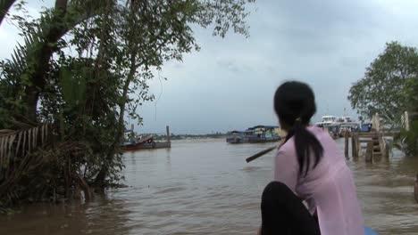 Mekong-paddling-a-canoe