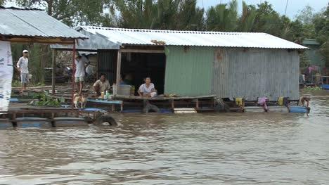 Casas-Flotantes-En-El-Delta-Del-Mekong