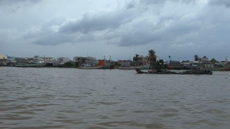 Mekong-River-scene