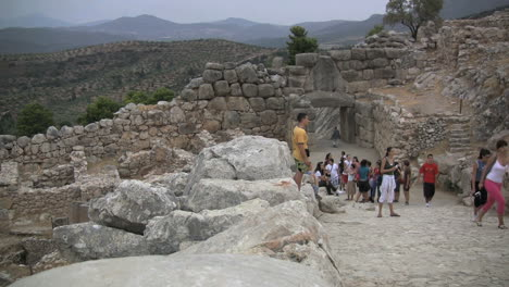 Teen-aged-tourists-at-Mycenae