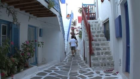 Mykonos-narrow-street