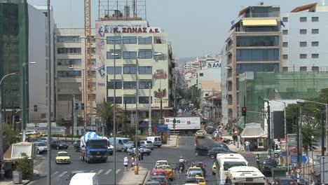 Piraeus-Greece-buildings-and-traffic
