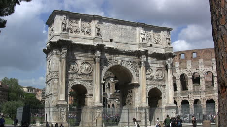 Rome-Arch-of-Constantine-and-Coliseum