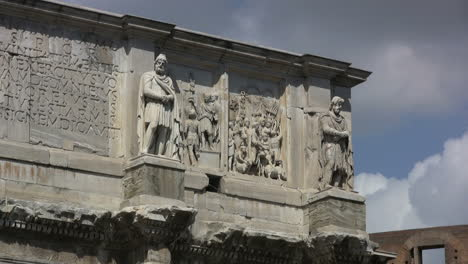Rome-Soldiers-on-the-Arch-of-Constantine