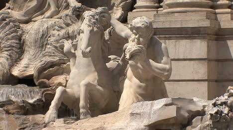 Rome-Trevi-fountain-sculpture