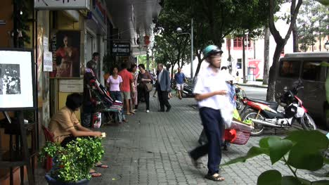 Acera-De-Ho-Chi-Minh-Con-Moto