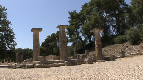 Temple-ruins-at-Olympia