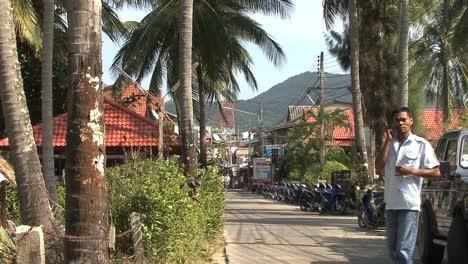 Thai-island-dirt-road