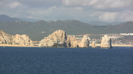 Cabo-San-Lucas-lands-end-in-sun