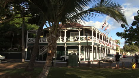 Flags-on-historic-hotel-in-Lahaina