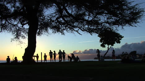 Maui-Lahaina-People-on-seawall-sunset