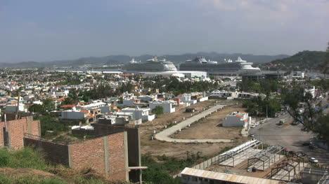 Mazatlan-view-with-cruise-ships