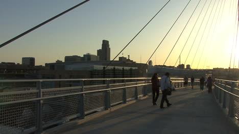 Omaha-footbridge-late-evening