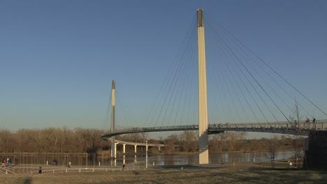 Omaha-Footbridge-over-Missouri-River-3