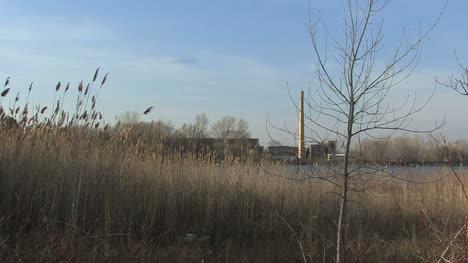 Power-plant-on-Green-Bay-Lake-Michigan