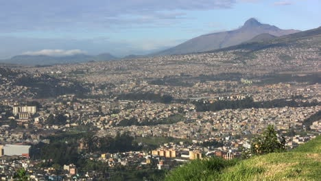 Quito-from-above