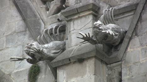 Quito-gargoyles-closeup