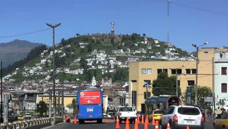 Quito-hill-with-Virgin