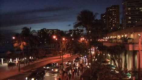 Escena-Nocturna-De-Waikiki