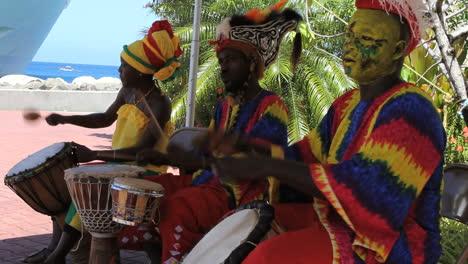 Mdn-play-instruments-in-Grenada