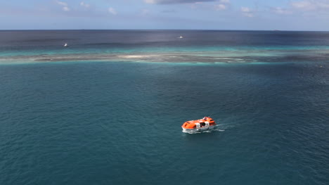 Aruba-reef-and-lagoon-with-a-boat