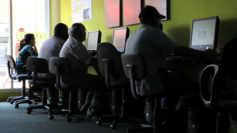 Aruba-internet-cafe