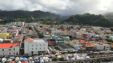 Dominica-Roseau-scene