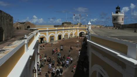 Puerto-Rico-San-Juan-El-Morro-courtyard