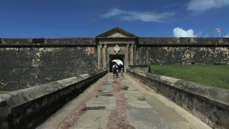San-Juan-El-Morro-entrance
