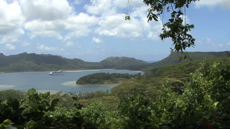 Huahine-ship-in-lagoon-view