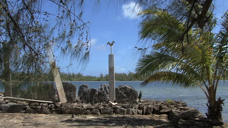 Huahine-sacred-site-with-bird-and-palm