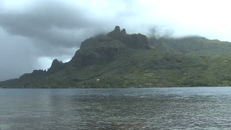 Rain-clouds-over-Cook-s-Bay-on-Moorea