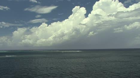 Laguna-Moorea-Y-Nube-22