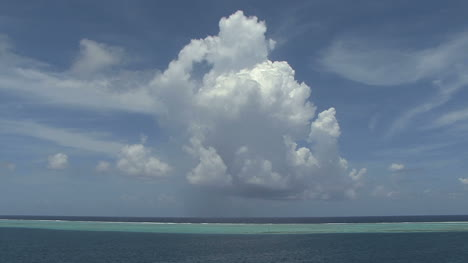 Raiatea-big-cloud-1