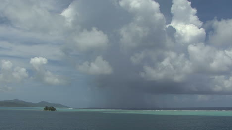 Raiatea-rain-on-reef-time-lapse