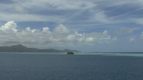 Raiatea-tiny-island-in-vast-lagoon