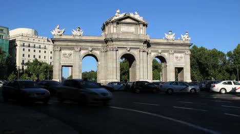 Madrid-Alcala-Gate-Carlos-iii-time-lapse