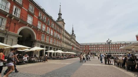 Madrid-Plaza-Mayor-1b