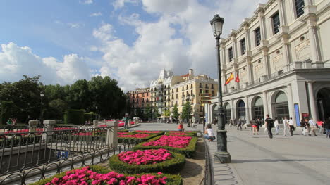 Madrid-Plaza-de-Oriente-2475